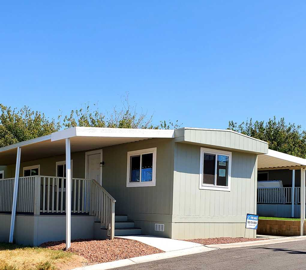 Space F-7 – $57,000 – 2 Bed, 1 Bath – Just remodeled!